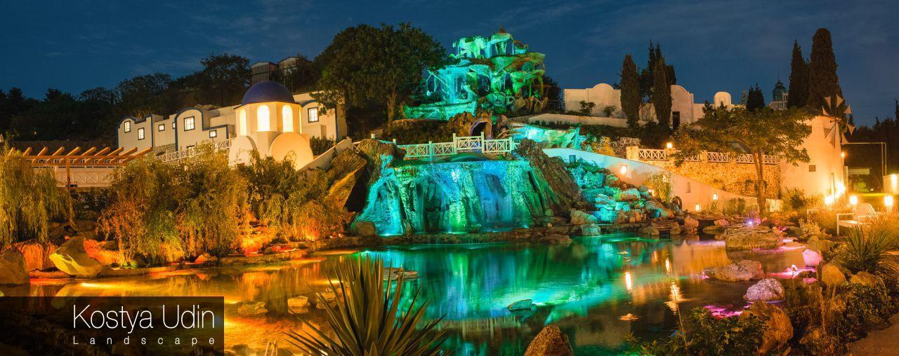 Ночная подсветка для водопада