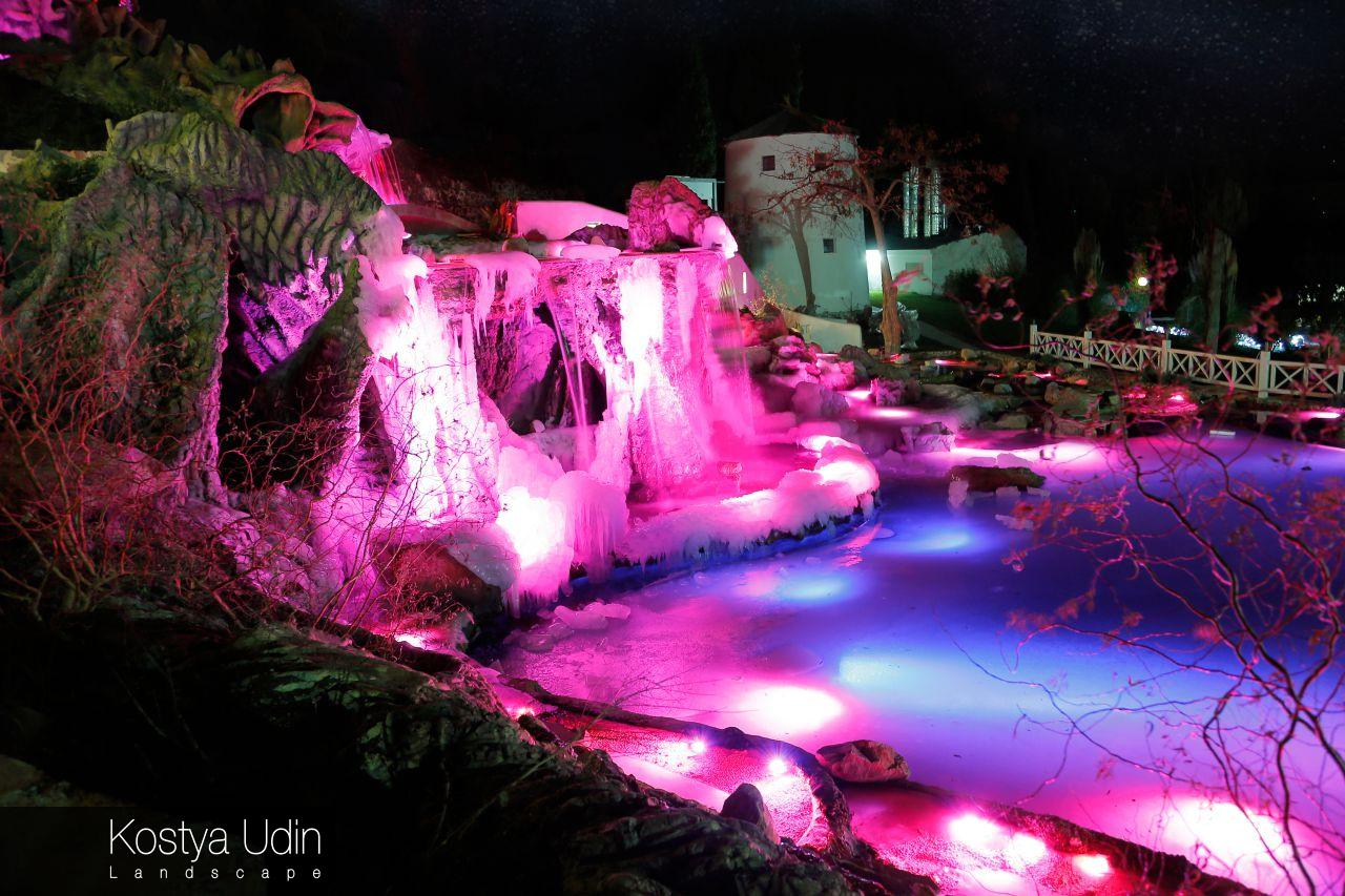 Дизайн подсветки водопада