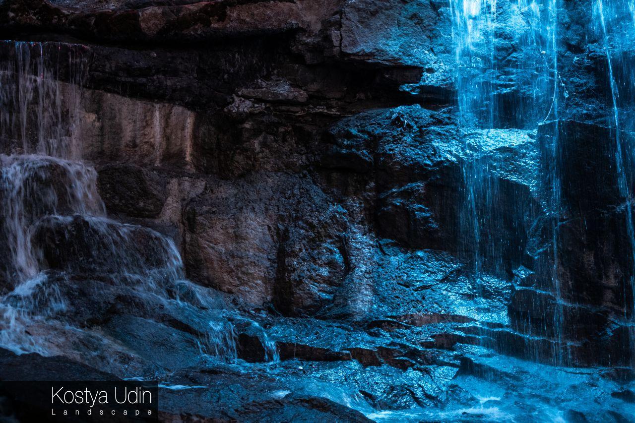Интерактивный водопад (освещение)