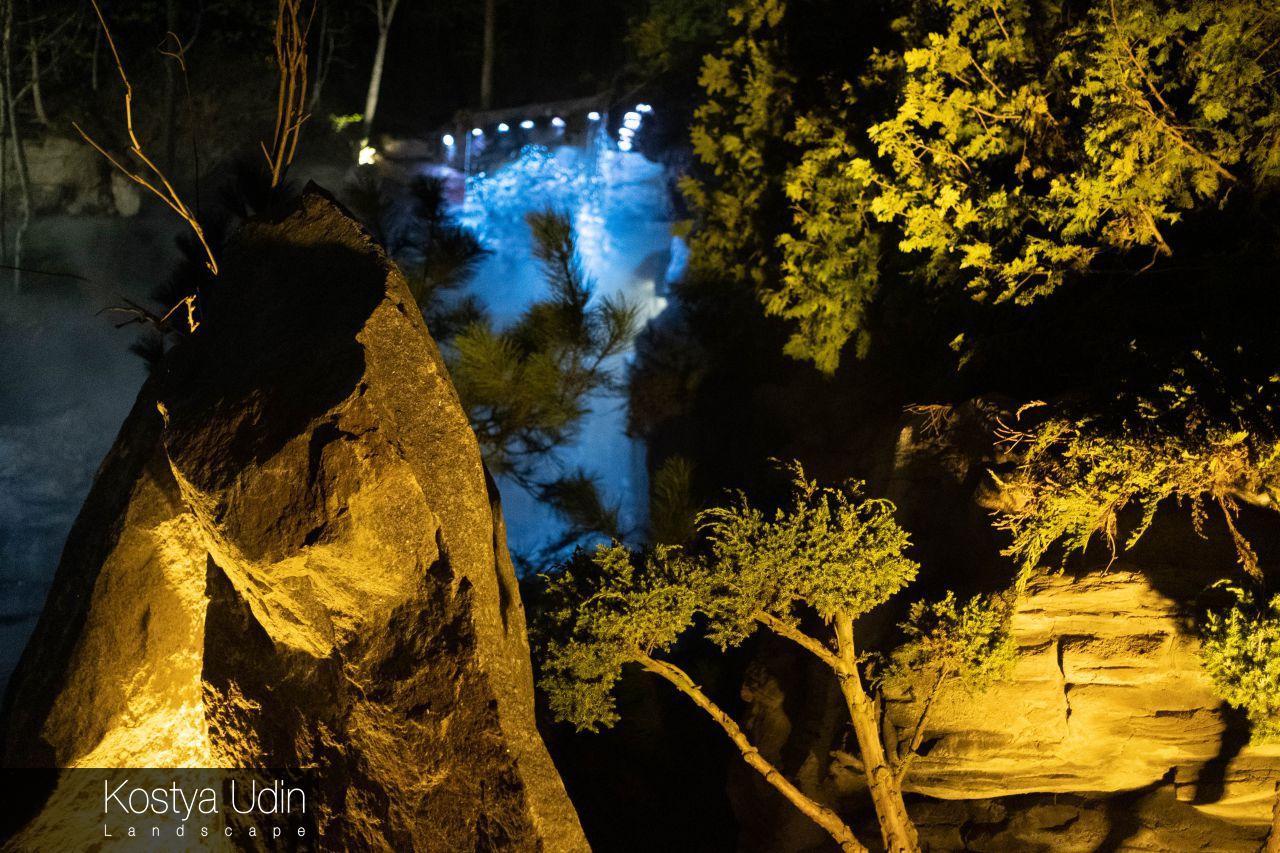 Подсветка водопада