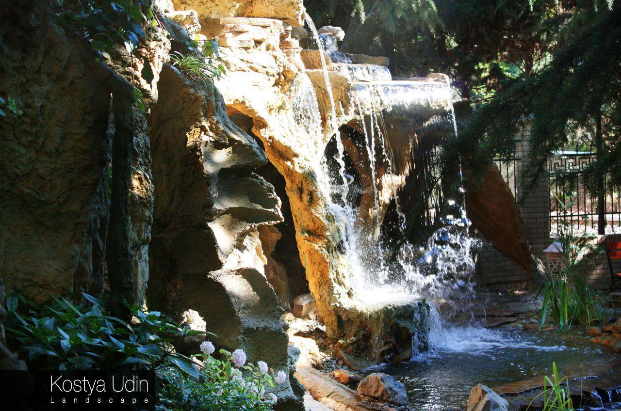 Ландшафтный дизайн водопада