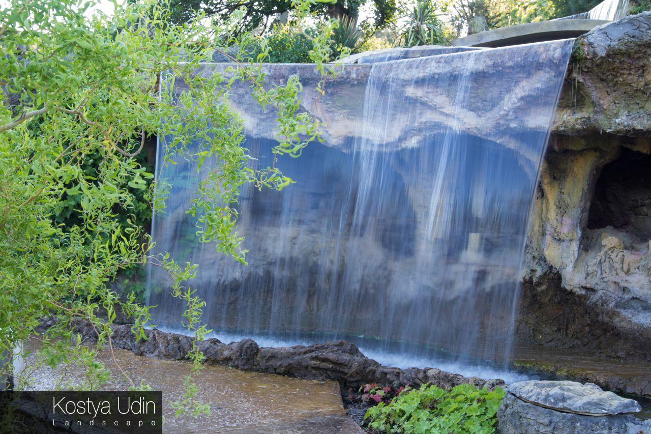 Водопад для частной усадьбы