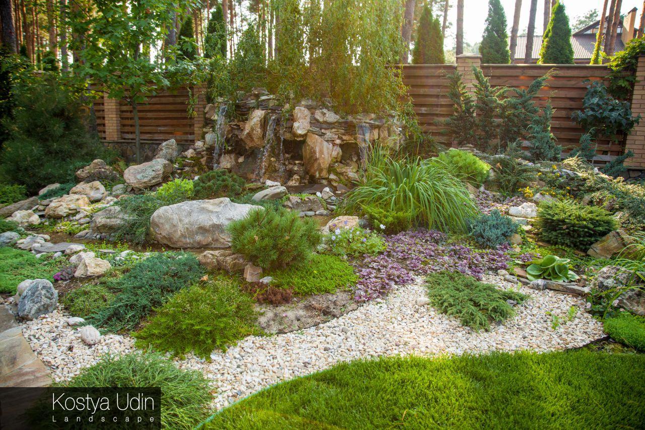 Дизайн декоративного водопада для сада